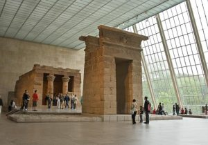 a-met-museum-the-temple-of-dendur